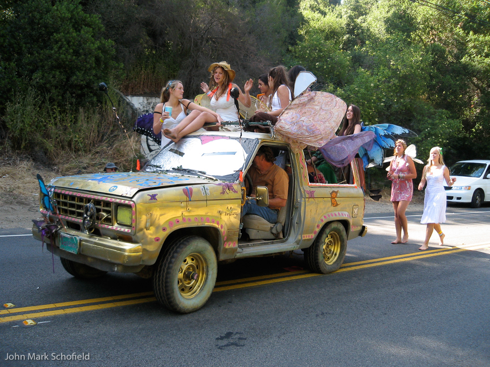Fairies in a Bronco
